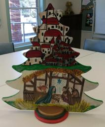 Jan's folk art tree1