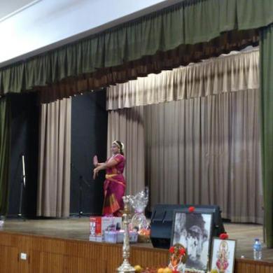 Saranya dancing