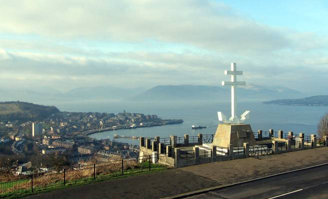 Free_French_Memorial_Greenock.jpg