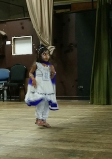 bollywood dancer 3 years old