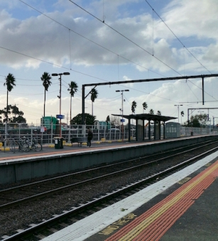 Bentleigh station May 2016