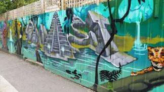 mural balclava 4