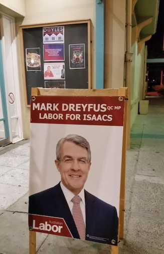 sign for mark dreyfus