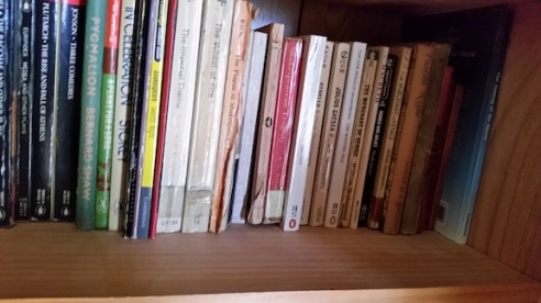 bookshelf of shakespeare