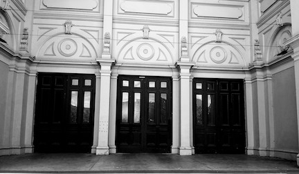 doors to exhibition buildings