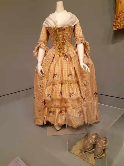 dress and shoes 18th c.jpg