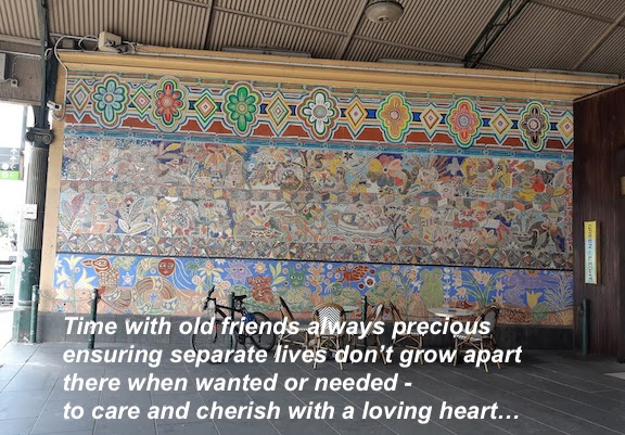 tiled mural flinders street.jpg