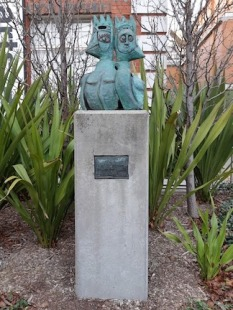 sculpture in Moorabbin