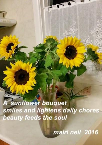sunflowers in vase.jpg