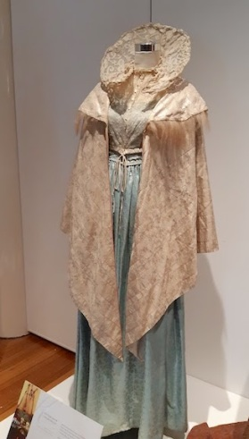 dress with large collar