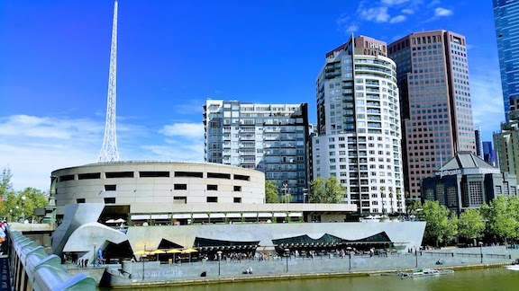 melbourne arts centre.jpg