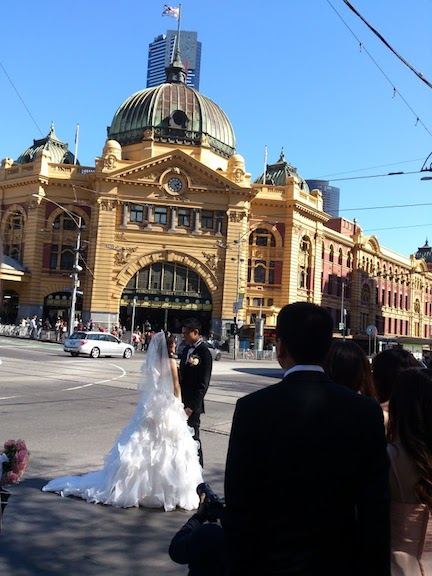 flinder street a bridal photo opportunity 2014 3.jpg