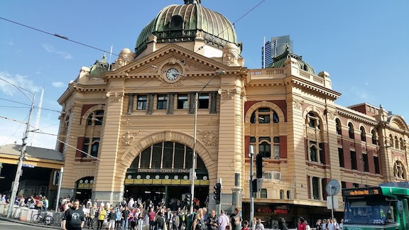 flinder street daytime march 2018.jpg