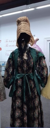 front view old dress