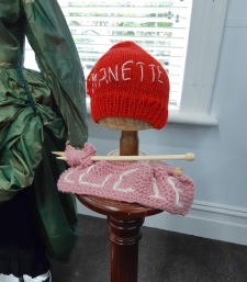 hat and knitting