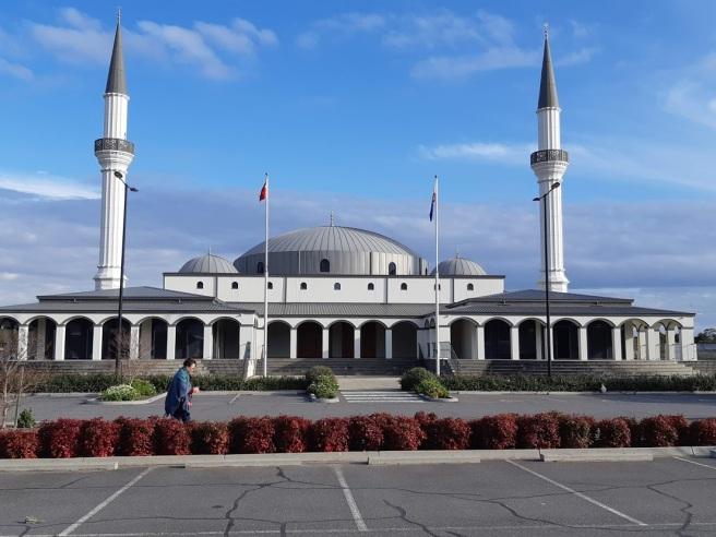 mosque 1.jpg