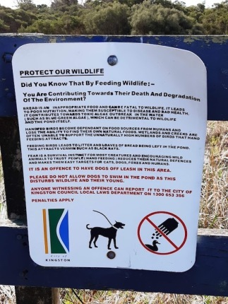 Council notice on feeding wildlife