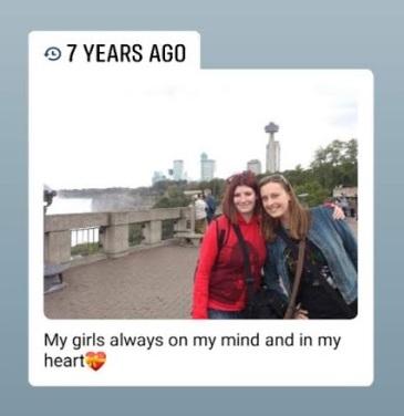 girls at Niagara Falls 2012