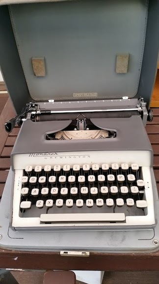 my manual typewriter.jpg