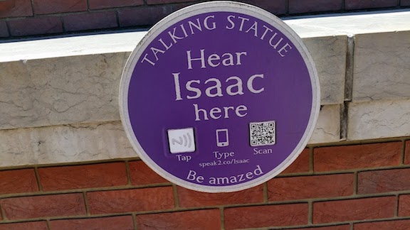 talking statue Isaac Newton - British Library.jpg